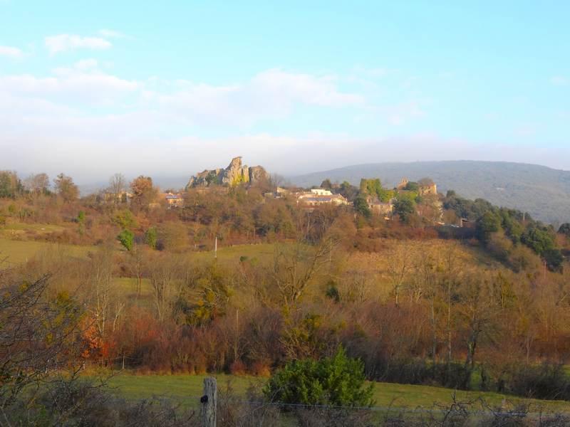 Camps sur Agly et son château