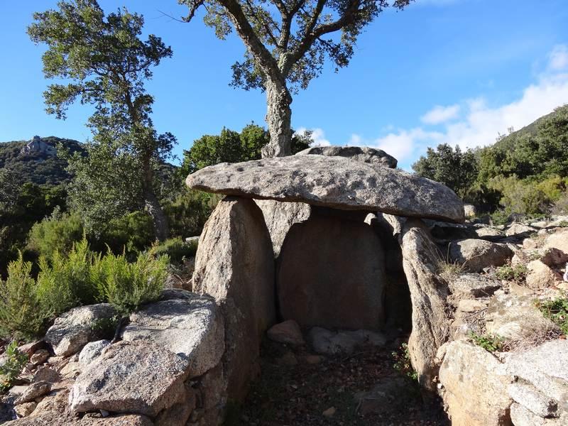 dolmen de la font de la Roure