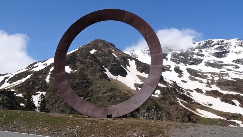 L'anneau de  Mauro Staccioli