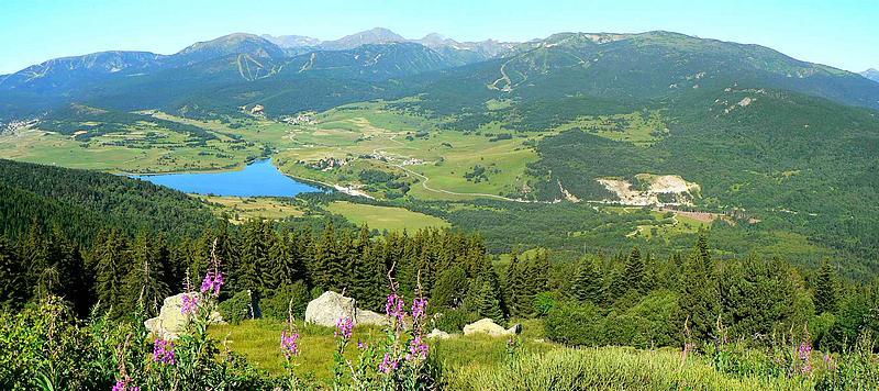 """Résultat de recherche d'images pour """"photo lac puyvalador"""""""