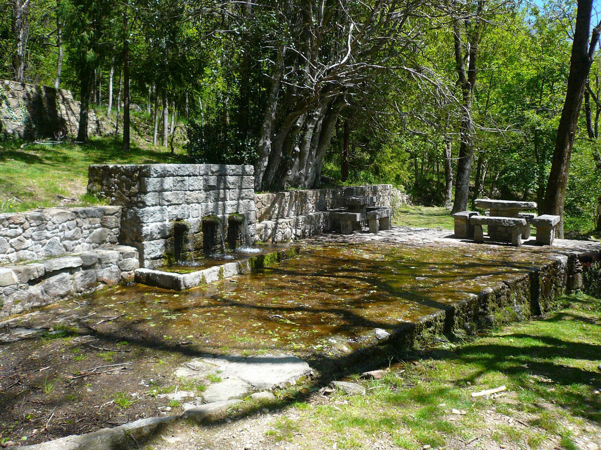La fontaine des Salines