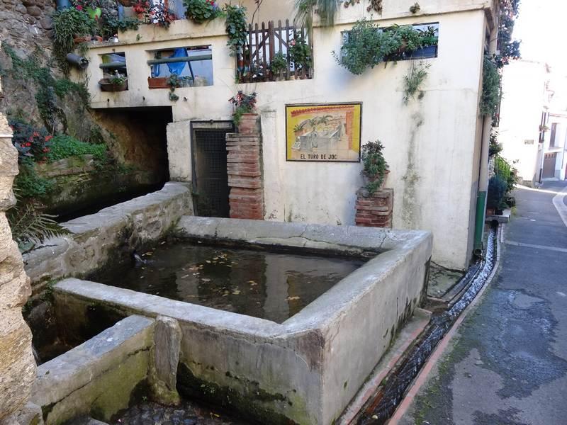 Fontaine à Rigarda